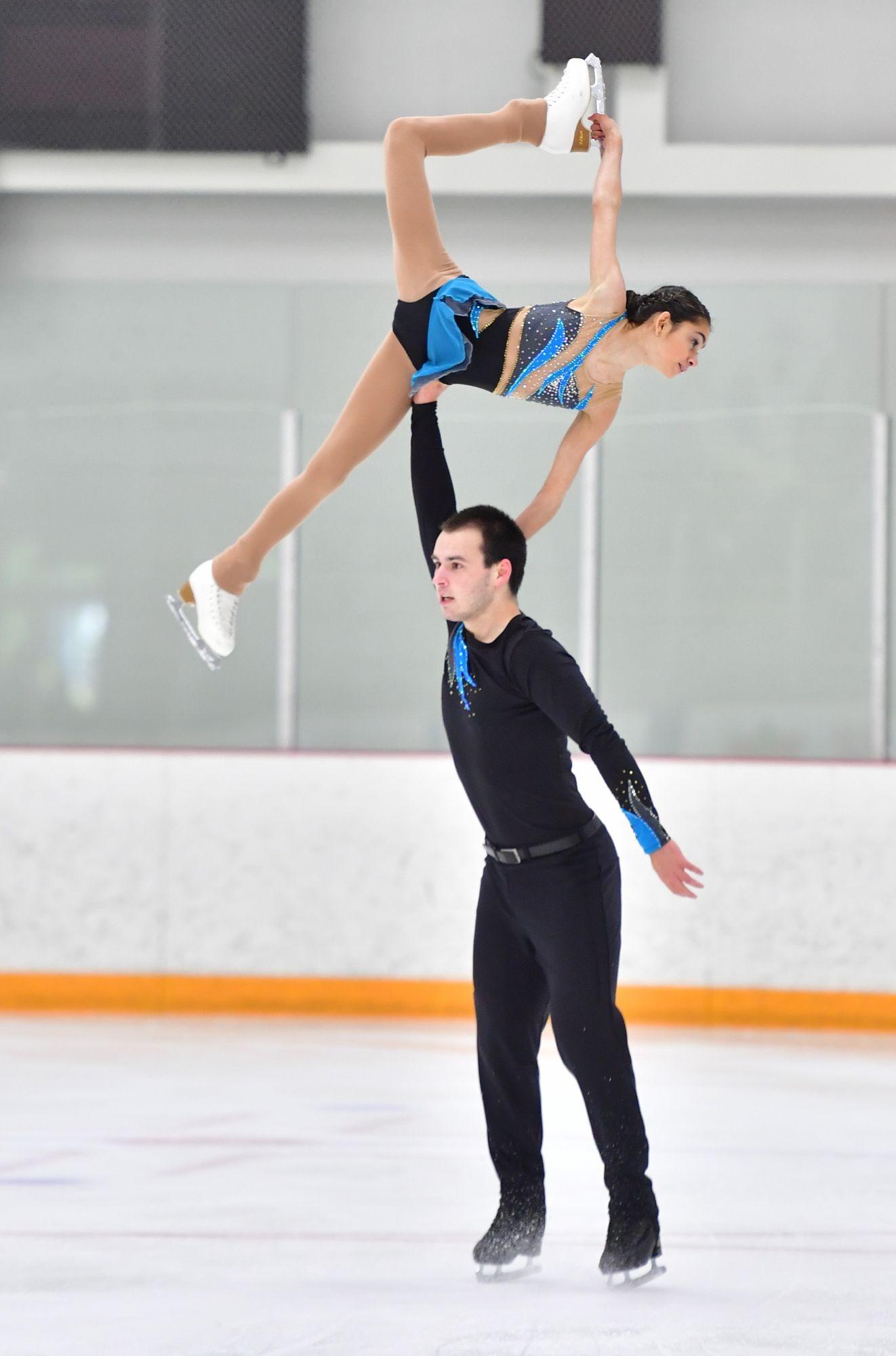 le club de patinage artistique de la pocati re sera en comp tition pour le canada en pologne cmatv. Black Bedroom Furniture Sets. Home Design Ideas