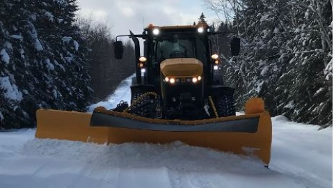 La Municipalité de Saint-Just-de-Bretenières prend en charge l'entretien d'hiver de ses chemins!