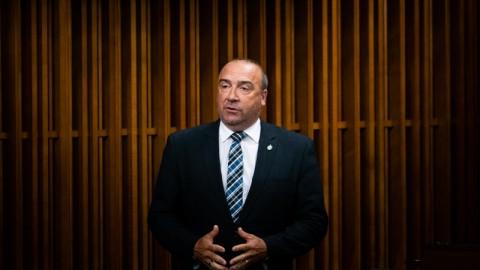 Justin Trudeau refuse l'entrée en vigueur immédiate de la Loi C-208 adoptée par le Parlement