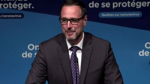 Le passeport vaccinal sera requis au secondaire partout au Québec pour les activités parascolaires